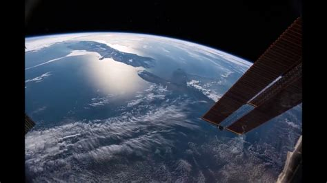 Earth From Space *REAL* ISS Live Footage From NASA - YouTube