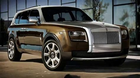 First Look! 2019 Rolls Royce Cullinan Review - YouTube