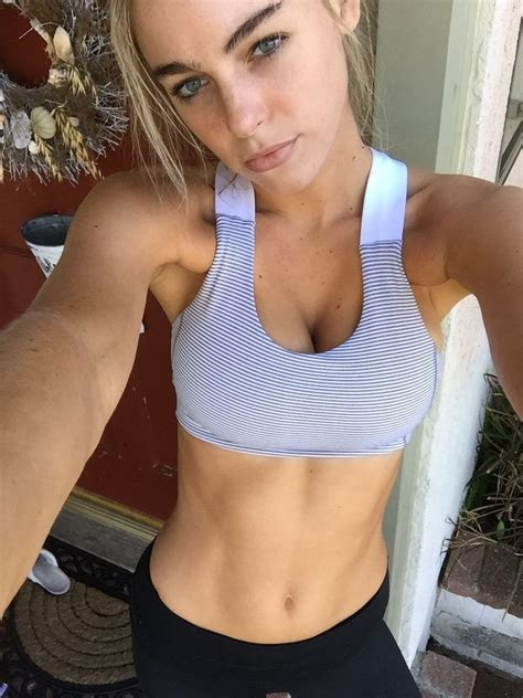 Elizabeth Turner TheFappening and Leaked (100 Photos) | #