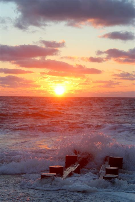 Wordless Wednesday: Rehoboth Beach Sunrise - Pieces of a Mom