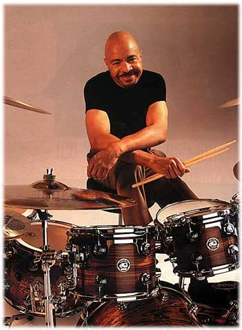 Chester Thompson - DRUMMERWORLD