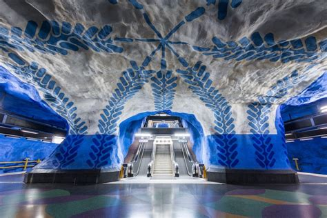 6 of the Most Beautiful Metro Stations Around the World