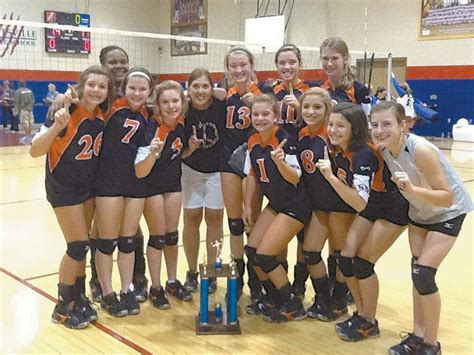Eighth grade volleyball ends exciting season - HooverSun